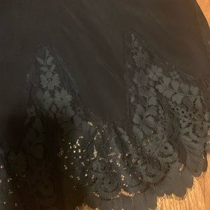 FOR LOVE AND LEMONS LACE SKIRT LIKE NEW SIZE S